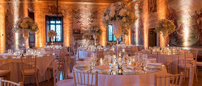 gala dinner scenographic lighting party reception wedding catajo castle
