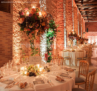 granai cipriani venice lighting event wedding dinner