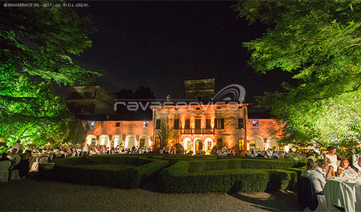 villa la mattarana verona lights wedding garden