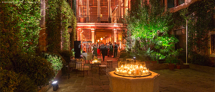 party outdoor scenographic lighting contarini palace