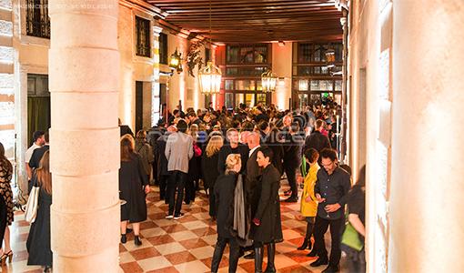 palazzo pisani venezia illuminazione cocktail evento biennale