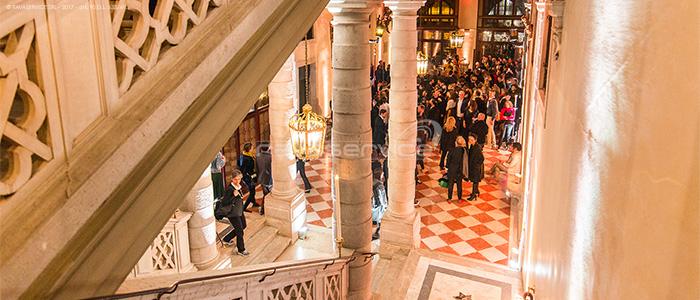 palazzo pisani venezia luci evento