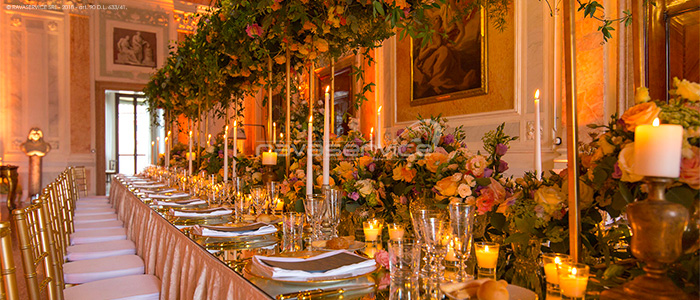 gala dinner wedding scenographic lighting event palazzo rocca