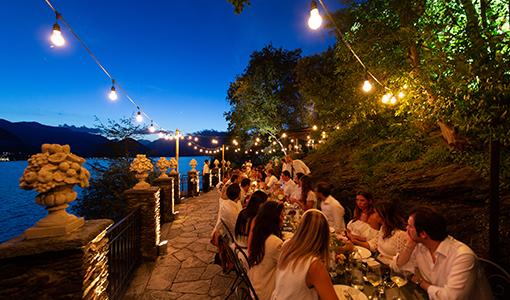 Laura Comolli lago maggiore festa compleanno luci ravaservice cena lampadine