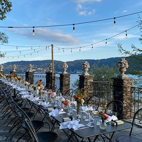 Laura Comolli lago maggiore festa compleanno luci ravaservice string lights lampadine