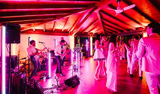 Laura Comolli lago maggiore festa compleanno luci ravaservice party dj musica