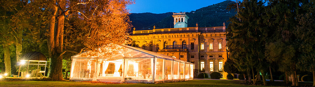 Allestimento di un matrimonio all'aperto: 4 idee di decorazioni luminose